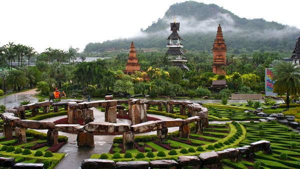 """Làng văn hóa dân tộc Noong Nuch được xem như là một """"vườn địa đàng nơi trần thế"""" với khung cảnh thiên nhiên trong lành và tuyệt đẹp. Ảnh: flickr.com"""