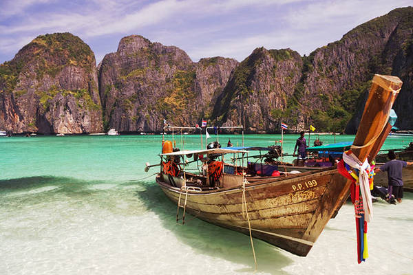 Koh Phi Phi được xem là một trong những hòn đảo của thiên đường. Ảnh: Globalgrasshopper