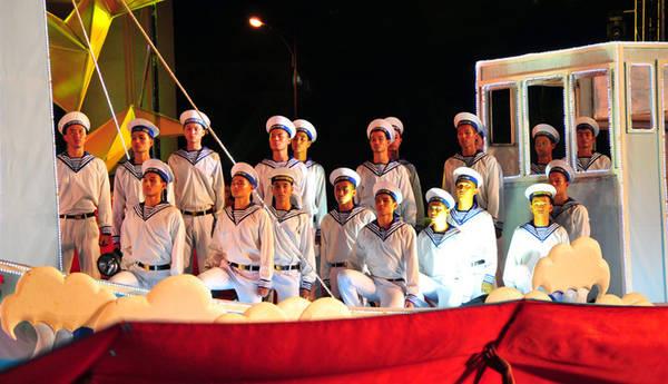 Tiếp nối hoài bão, người lính hải quân Việt Nam trên con thuyền canh giữ bình yên biển, đảo quê hương.