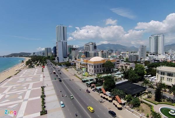 Khu vực Quảng trường 2/4 - trung tâm thành phố Nha Trang.