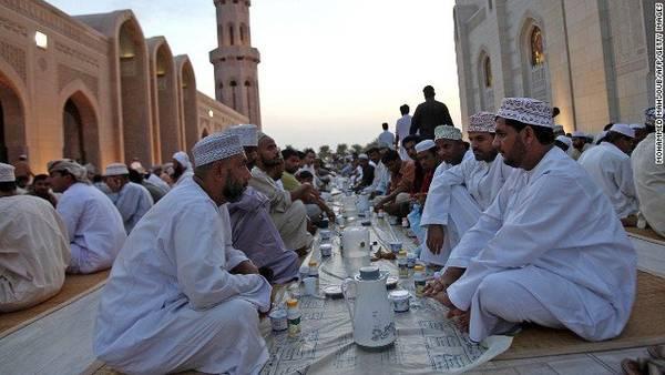 Món ăn Shuwa thường được phục vụ trong những dịp lễ đặc biệt, hay các bữa tiệc thịnh soạn - Ảnh: CNN