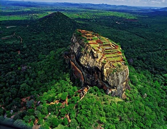 Vào năm 1982, Sigiriya đã được UNESCO công nhận là Di sản văn hóa thế giới. Ảnh: Globalgrasshopper.com