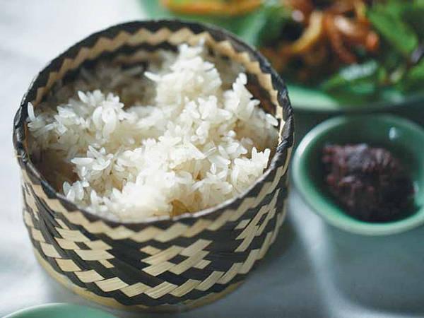 nhung-mon-dac-san-dan-da-duom-tinh-dat-to-ivivu-8