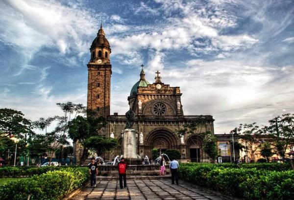 Nhà thờ trung tâm ở thủ đô Manila.