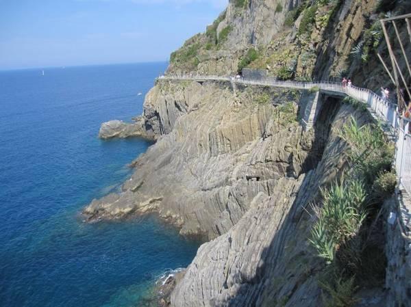 Con đường tình yêu Via dell'Amore - Ảnh: flickr