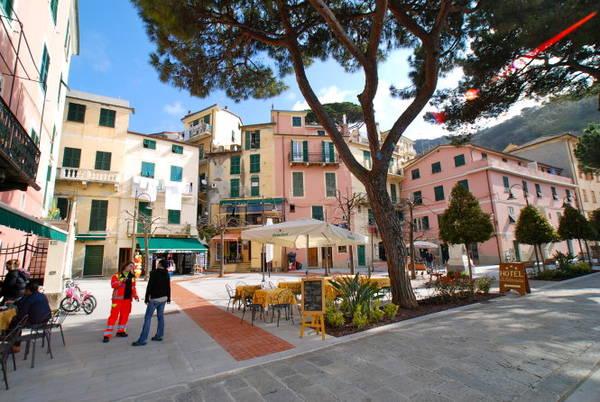 Quảng trường chính ở làng Monterosso - Ảnh: wordpress