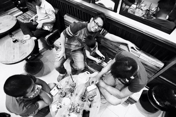 7. G Coffee Mạc Đĩnh Chi, P. Đa Kao, Quận 1, TP. HCM được thiết kế rất đẹp với phong cách mộc. Vị trí lý tưởng, thực đơn phong phú, cà phê được xây trộn theo tỷ lệ riêng. Nhân viên lịch sự.