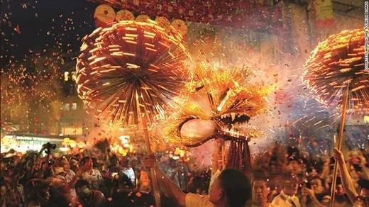 Và hoành tráng nhất là lễ hội Trung thu ở các nước Trung Quốc, Hồng Kông, Đài Loan.