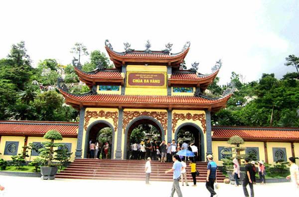 Chùa Ba Vàng là điểm đến tâm linh của du khách ở Quảng Ninh - Ảnh: N.T.Lượng