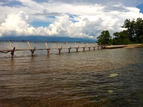 Từ Hòn Một, bạn có thể nhìn ra hải giới Campuchia rất rõ