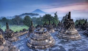 Nến văn hóa đa dạng của Indonesia có sức hút mãnh liệt đối với du khách từ khắp nơi trên thế giới. Ảnh:stuckincustoms.com