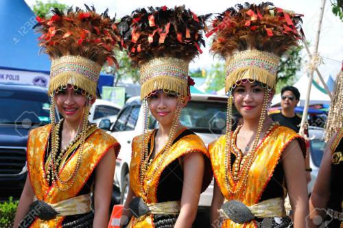 Lễ hội thổ dân ở Malaysia. Ảnh: Kadazan