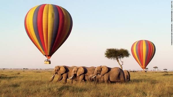 """Kenya: Tour 10 ngày của Abercrombie & Kent tới Kenya sẽ đưa du khách tới nơi Meryl Streep và Robert Redford đã tổ chức buổi picnic trong phim """"Out of Africa"""" huyền thoại, thuộc khu bảo tồn Masai Mara. Ngoài ra, bạn sẽ được ghé thăm Tsavo và Lewa Downs."""