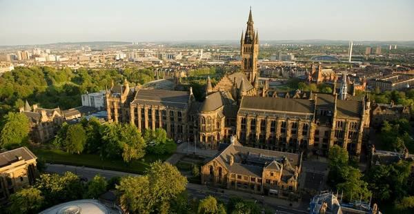 Glasgow, Scotland: Là nơi đóng tàu và giao thương nhộn nhịp từ thế kỷ 15, thành phố lớn nhất Scotland chào đón du khách với nền văn hóa đặc sắc. Ảnh: Peoplemakeglasgow.