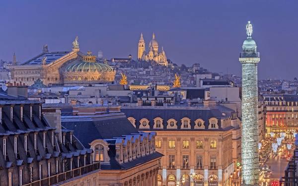 Nhà hát opera Garnier Opera và nhà thờ Sacre Coeur - trái tim Paris.