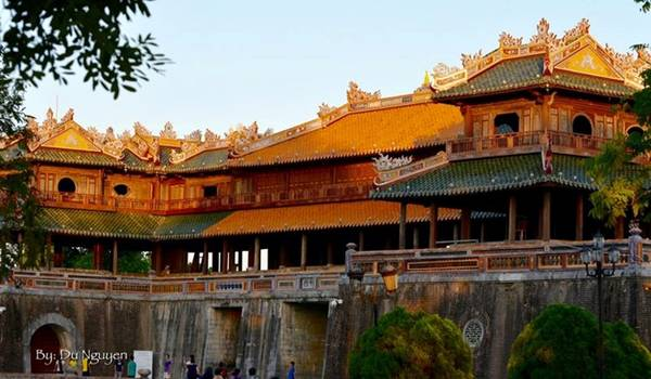 Đại Nội Huế là một trong những điểm thăm quan lý tưởng cho du khách. Ảnh: Du Nguyen.