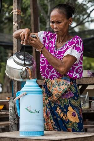 Cuộc sống của người Bajau dường như gắn liền với ngôi làng mà họ đã sinh ra. Ảnh: Réhahn Croquevielle