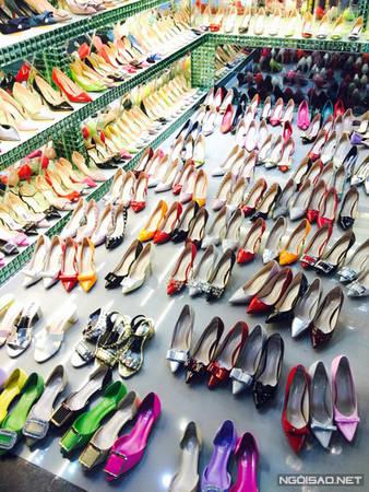 Hoa mắt vì hàng hóa ở Quảng Châu vừa rẻ vừa đẹp.