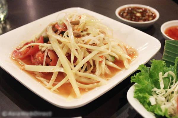 dia-chi-cuoi-tuan-quan-an-o-bangkok-me-hoac-khach-viet-ivivu-2