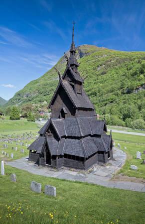 Borgund Stave, nhà thờ gỗ được bảo tồn nghiêm cẩn nhất Na Uy - Ảnh: wp