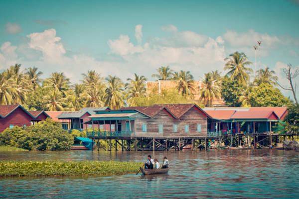 Tonle Sap là hồ nước ngọt lớn nhất Đông Nam Á. Ảnh: Insiderjourneys.co.uk