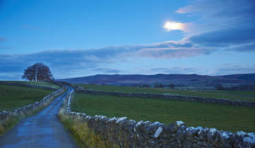 Country Lanes, North Yorkshire A141104 Yorkshire Bronte MT7311 National Geographic Traveler