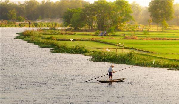 Chiều ngang sông Hương, đường ra phá Tam Giang. Ảnh: Huỳnh Tuấn