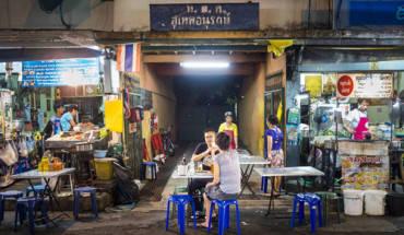 nhung-khu-pho-an-uong-hap-dan-nhat-bangkok-ivivu-3