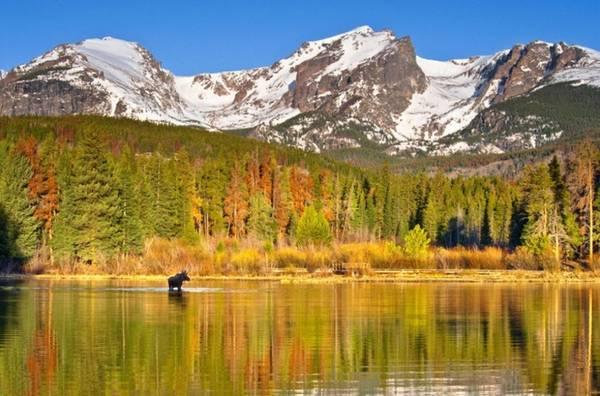 Easter Park, Colorado Thị trấn vùng núi yên bình này thuộc công viên quốc gia núi Rocky. Những cánh rừng ôn đới tại đây đổi màu từ tháng 8 đến tháng 10, tùy thuộc vào độ cao của các tầng lá.