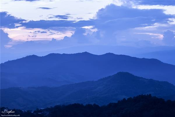 Nằm cách Chiang Rai 52km, Doi Kat Phee chủ yếu là địa hình đồi núi. (Ảnh: Internet)