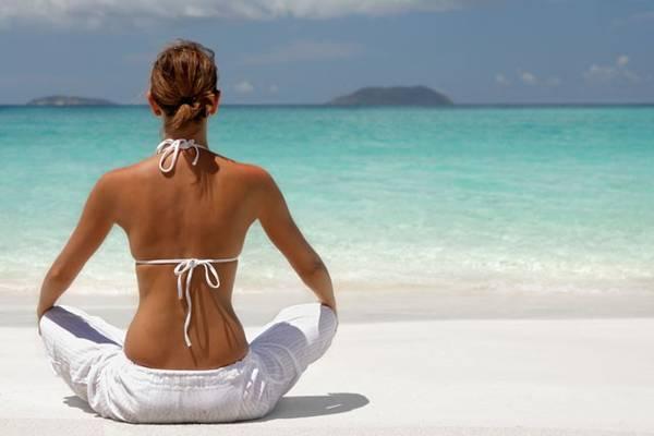 Đặt ra quy tắc cho bản thân: Nếu là một người dễ bị phân tâm và thấy khó có thể thư giãn, hãy làm việc chăm chỉ hơn, đưa bản thân vào khuôn khổ, để rồi tận hưởng một kỳ nghỉ đúng nghĩa.