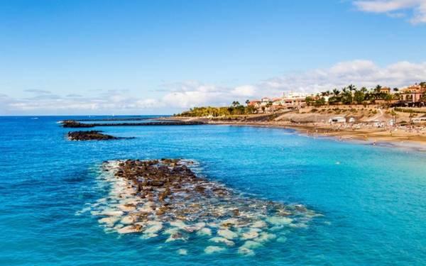 Danh sách 10 điểm đến kết thúc với cái tên Tenerife - một trong những hòn đảo nổi tiếng nhất của Tây Ban Nha.
