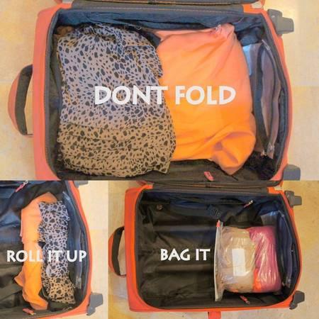 Không nên gấp quần áo: Để dành chỗ cho quà cáp, thay vì gấp, bạn nên cuộn quần áo và cho vào túi. Đây cũng là cách để giúp quần áo bớt nhăn.