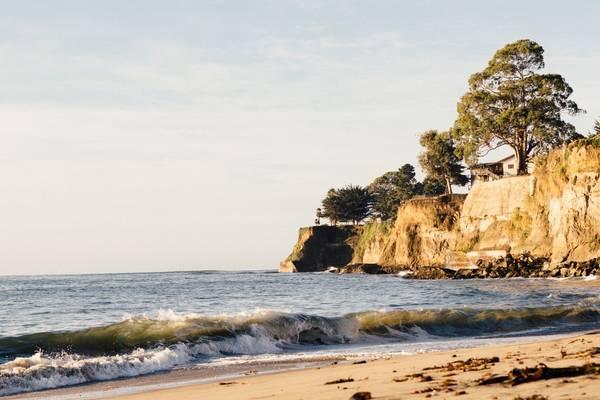 12. Công viên quốc gia Acadia, Maine, Mỹ: Đây là một trong những khu bảo tồn thiên nhiên đẹp nhất Mỹ. Nằm trên bờ biển New England, Acadia là nơi lý tưởng cho các hoạt động ngoài trời. Ngoài ra, những thị trấn như Camden và Portland cũng hợp để các gia đình nghỉ chân.
