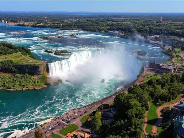 New York: Thác Niagara là điểm đến không thể bỏ qua, với khung cảnh hùng vĩ và vị trí thuận tiện hiếm thác nước nào có được.