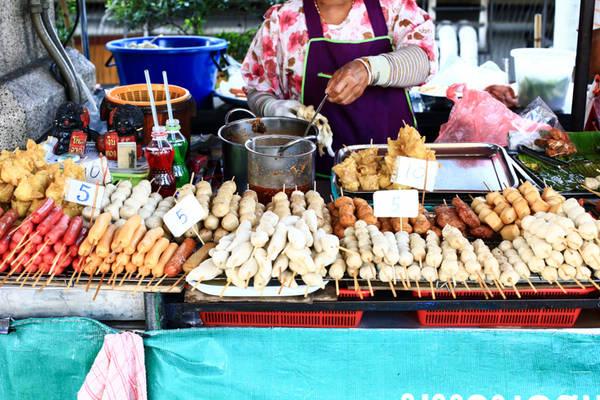 17-mon-an-duong-pho-noi-tieng-cua-bangkok-ivivu-17