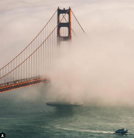 Cầu Cổng Vàng, San Francisco, California, Mỹ.