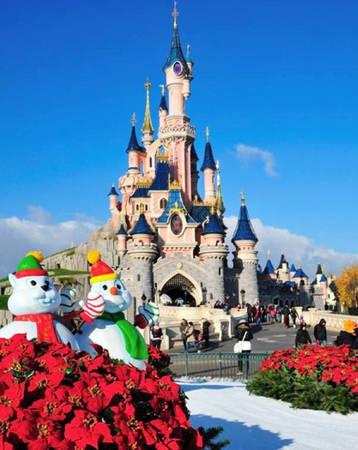 Disneyland, Paris, Pháp.