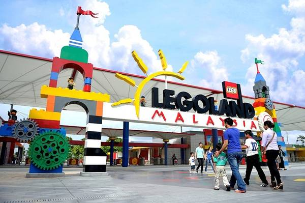 Công viên Legoland là công viên Lego đầu tiên ở châu Á, được mở vào năm 2012 tại Nusajaya, Johor gần biên giới với Singapore. Tại đây cũng có khách sạn và công viên nước. Ảnh: Legoland.