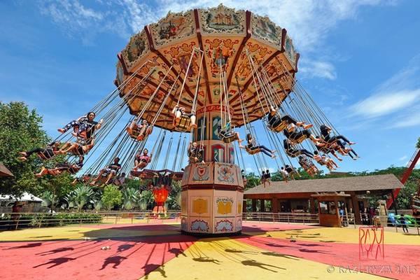 Công viên Lost World of Tambun, thuộc quận Sunway City, Ipoh. Khu vui chơi này gồm có công viên nước, công viên khám phá, công viên giải trí, vườn thú... Tại đây có con sông nhân tạo dài nhất Malaysia, 660 m. Ảnh: Bigblue.