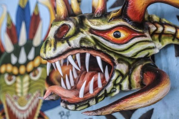 Chiếc mặt nạ diabolico – món đồ thường được sử dụng trong nhiều lễ hội tại Panama. Ảnh: Nori Jemil