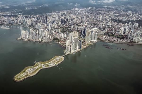 Thành phố Panama nhìn từ trên cao. Ảnh: Nori Jemil