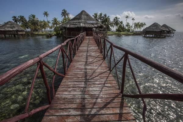 Những ngôi nhà lều xinh đẹp trên quần đảo San Blas. Ảnh: Nori Jemil