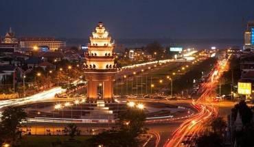 Phnom-Penh--tu-thi-tran-hoang-vang-toi-thu-do-soi-dong-ivivu-1