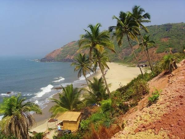 12. Biển Pristine Arambol của Goa cũng sở hữu vẻ đẹp không kém. Ảnh: Ridinghag