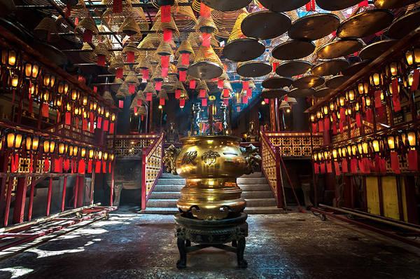 Kiến trúc bên trong ngôi đền Mo Man. Ảnh: Strippedpixel.com
