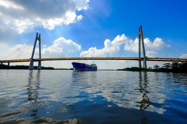 Cầu Bính - cầu dây văng đẹp của thành phố cảng Hải Phòng - Ảnh: Sưu tầm