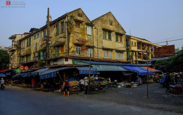 Chợ Tam Bạc nhuốm màu vàng cổ xưa. Ảnh: Jang Sơn Đông/ Vnexpress