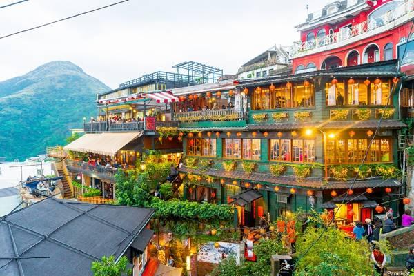 Ngôi làng nhỏ trên vách núi nhìn ra bờ biển Đông Đài Loan là địa điểm lý tưởng cho những chuyến du lịch, nghỉ ngơi cuối tuần. Ảnh: spinningstill