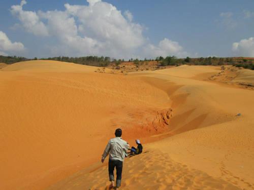 Đồi cát bay Mũi Né – điểm đến lý thú.